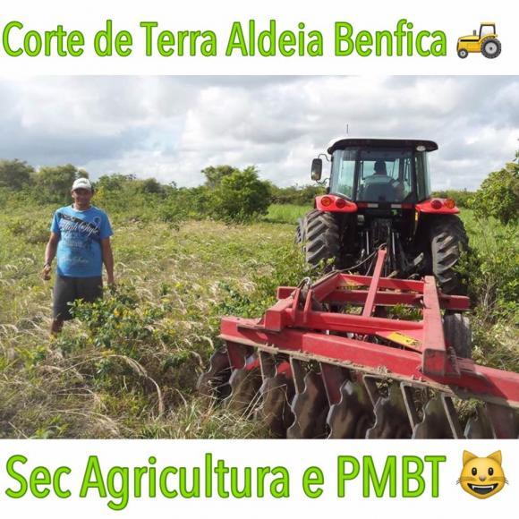 PMBT - Secretaria de Agricultura Realiza Cadastramento de Agricultores Para Corte de Terras